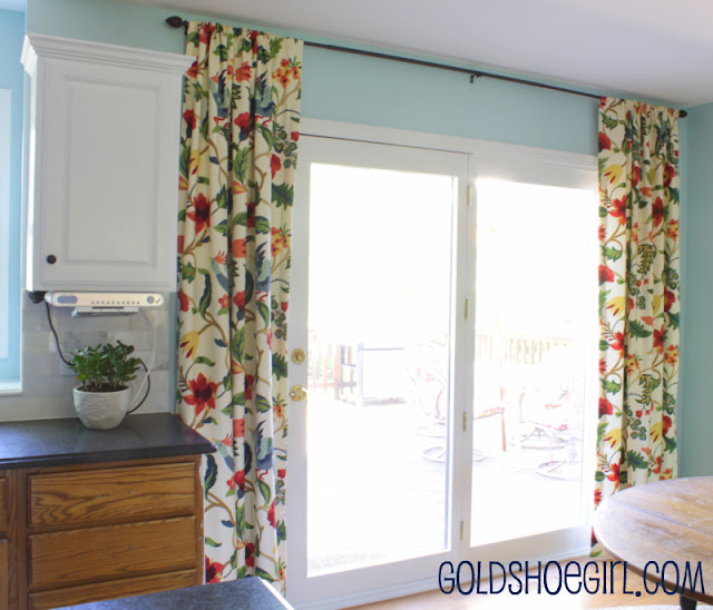 Gold Shoe Girl: New Kitchen Curtains And Tutorial