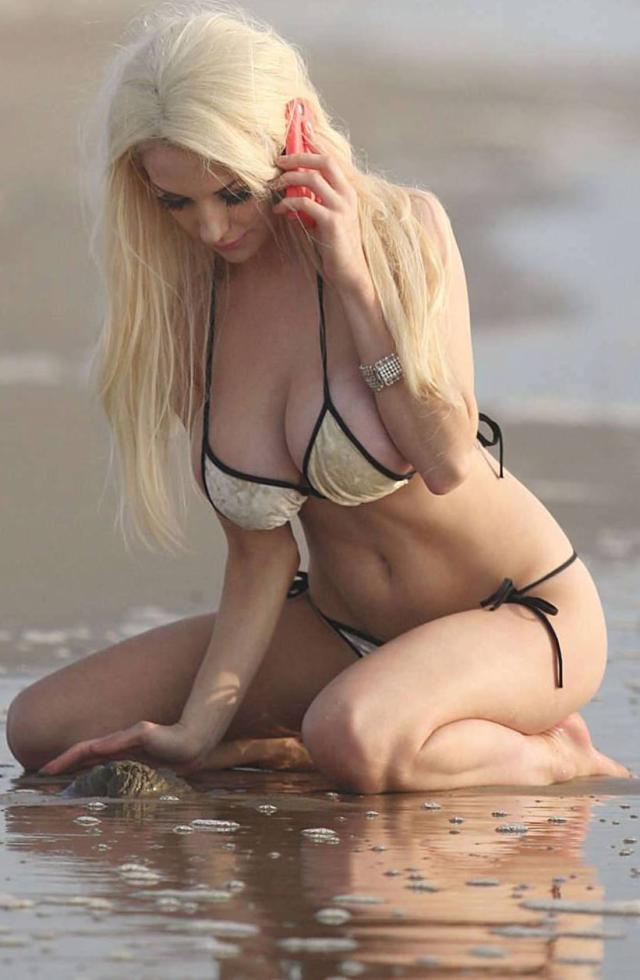 Courtney Stodden en bikini
