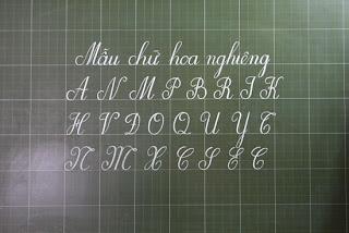 Kết quả hình ảnh cho luyện viết chữ hoa sáng tạo đơn giản
