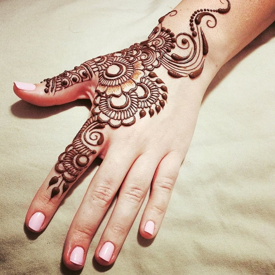 Mehndi Design New : Simple mehndi designs one hand new