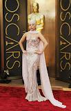 Лейди Гага в рокля Версаче на Оскари 2014