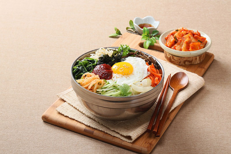 Benefits Of Cooking Your Family Meals At Home (Plus a Bibimbap Recipe)