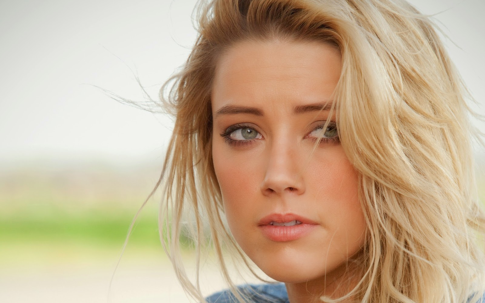 AMBER HEARD_WALLSTOWN_IN_HOLLYWOOD ACTRESS_HOLLYWOOD CELEBRITIES