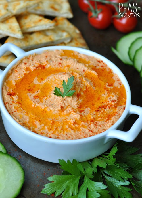 Homemade Roasted Red Pepper Hummus