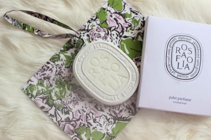 Diptyque Scented Oval in Rosefolia