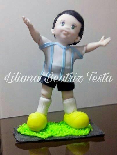JUGADOR DE FUTBOL O HINCHA