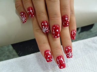 mrs of mr 8 christmas themed nail designs