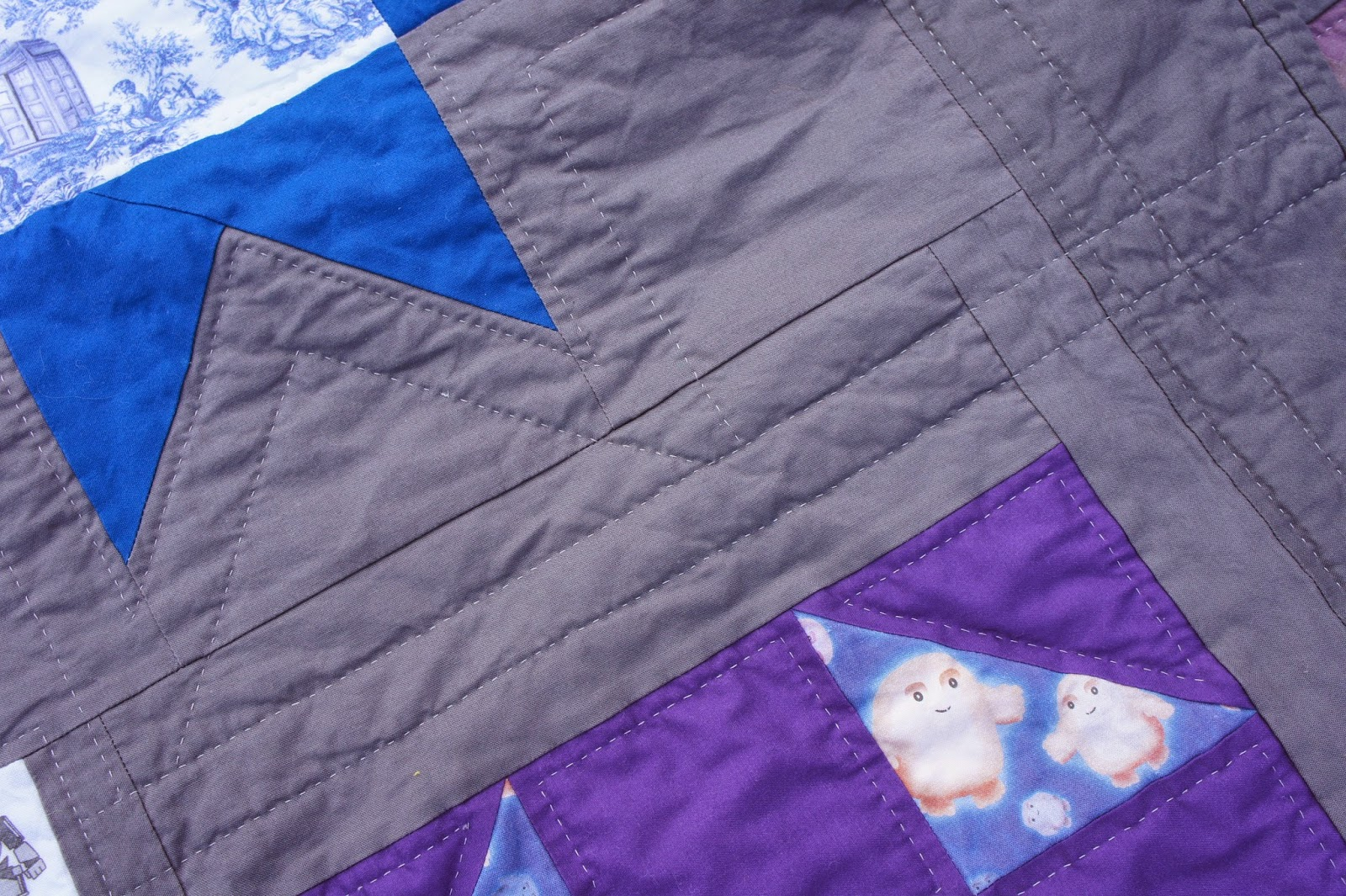 Tracy's Bits N Pieces: Hand Quilting vs. Machine Quilting