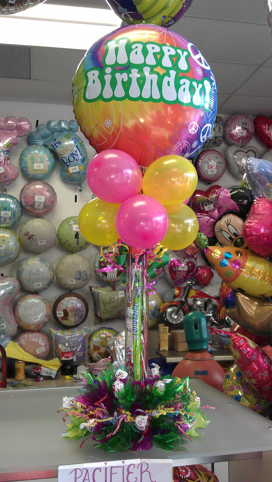 Candy Filled Centerpieces Party : Air filled balloon centerpieces last for weeks balloons