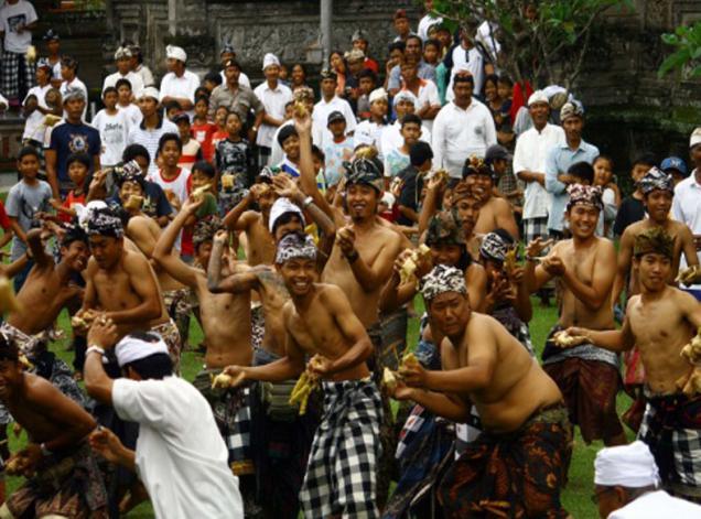 Lebaran Topat di Lombok