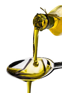 Psoriasis? Eczema? Use olive oil to seal skin.
