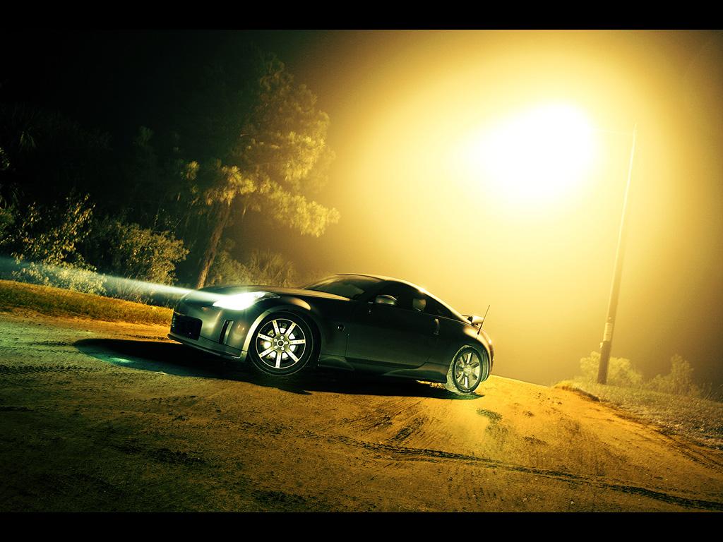 http://3.bp.blogspot.com/-hDMnE-qFdWU/TdgDiQL46MI/AAAAAAAAArI/gNRIvwFMtGM/s1600/Nissan-350Z-Photography-by-Webb-Bland-Fog-1024x768.jpg