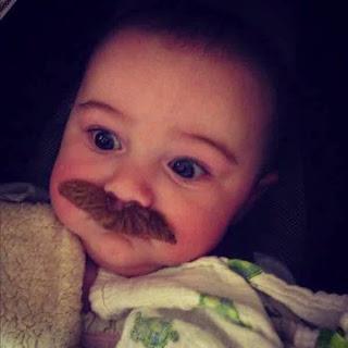 Gambar bayi lucu pakai kumis 25