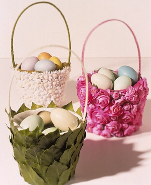 Flower Easter Baskets for the Table found on Hello Cotton