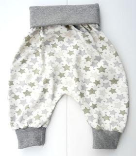 http://thebabypass.com/epages/5c50240f-f0dd-4a90-aba0-d9a80b1302a9.sf/de_DE/?ObjectPath=/Shops/5c50240f-f0dd-4a90-aba0-d9a80b1302a9/Categories/Alle_Accessoires/Baby_Hoeschen