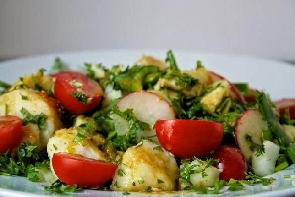 سلطة البطاطس بالزعتر
