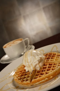 Waffles at Expresso - The 5 best cafes in Karachi