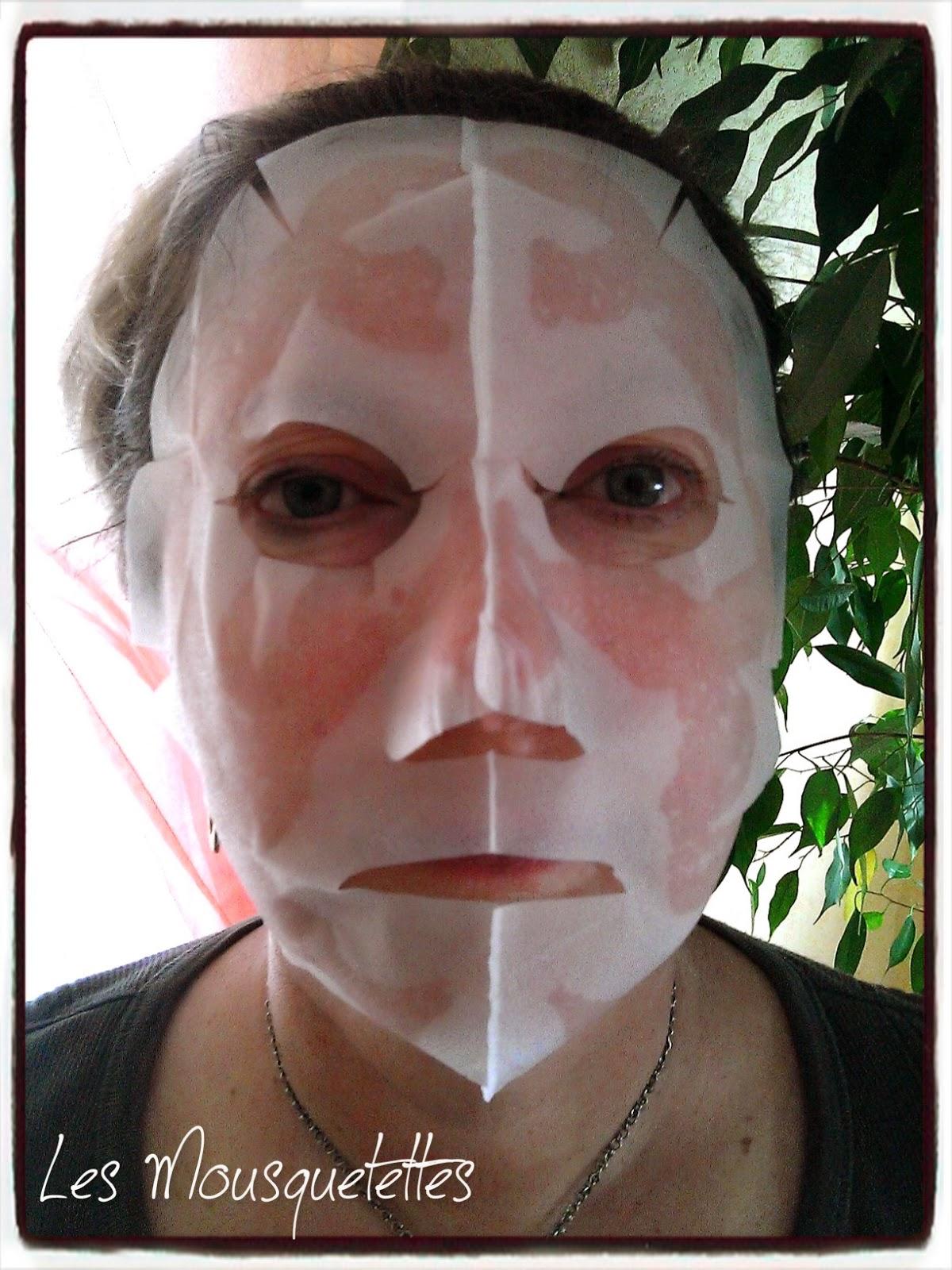 Tête qui fait peur Masque 3D au Ginseng Rouge Missha - Les Mousquetettes©