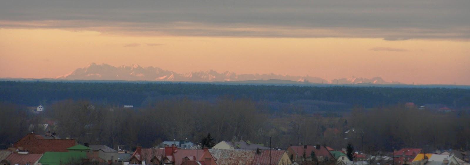 Tatry z Mielca, panorama, widok z wieżowca, dalekie obserwacje