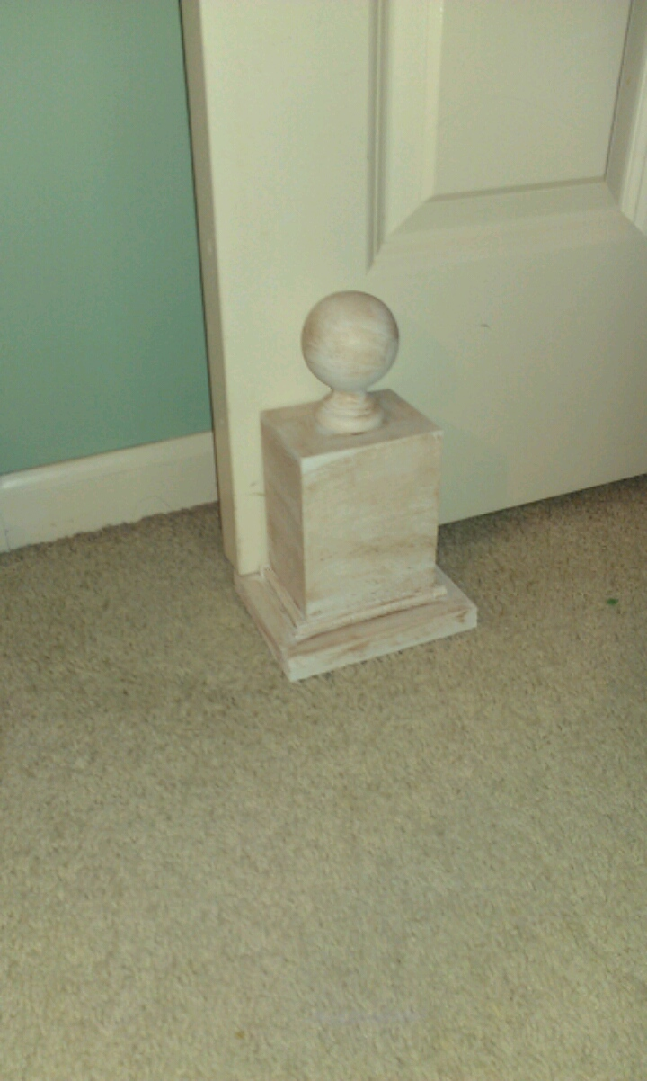 thrifty treasures decorative door stop how to make one. Black Bedroom Furniture Sets. Home Design Ideas