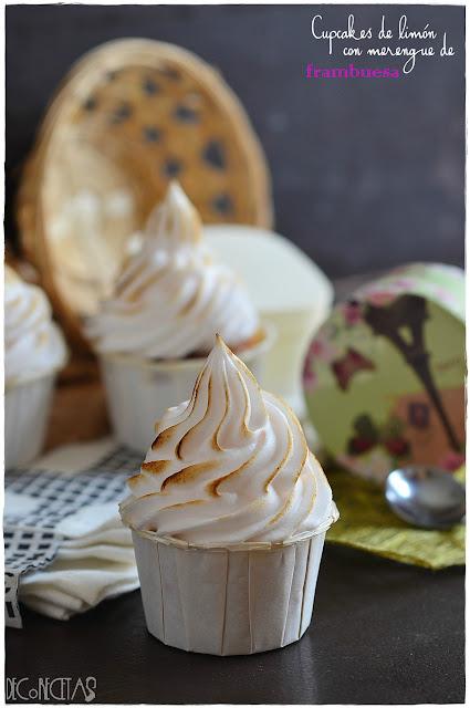 Cupcakes de limón con merengue de frambuesa