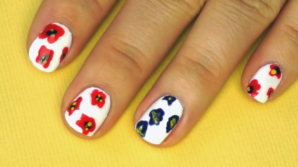 poppy flowers nail art, dotting tool
