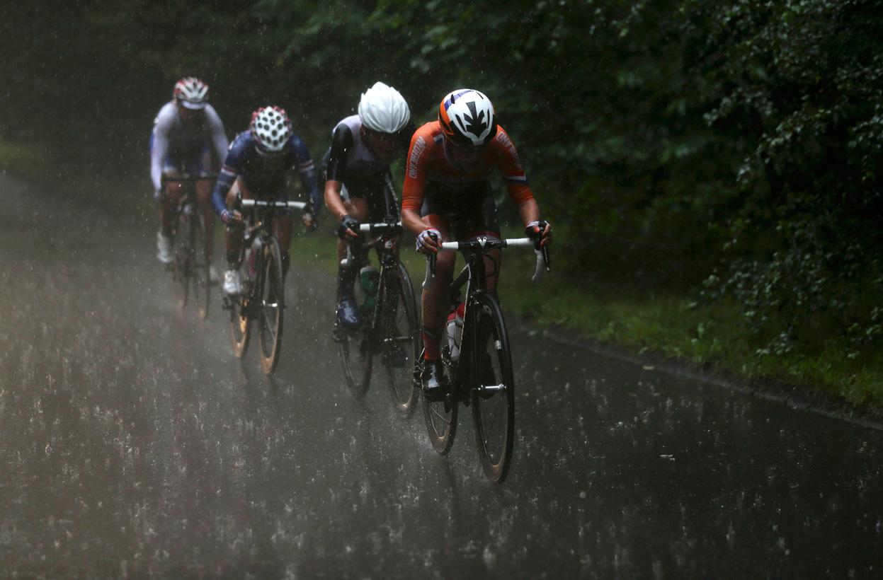 http://3.bp.blogspot.com/-hEjXllArKQM/UExnSXY1etI/AAAAAAAAA5E/wB6jM98Rol0/s1600/2012-London-Olympics+%2817%29.jpg