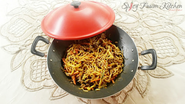 stirfry, chicken stirfry, steak stirfry, noodles, spicy food, spicy, chicken, steak, food blog, Asian fusion
