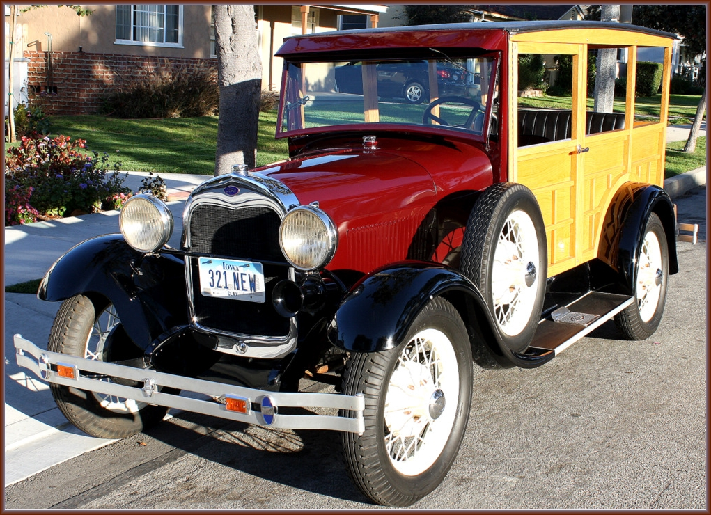 1929+Ford+Model+A+woody+wagon+front+framed.jpg