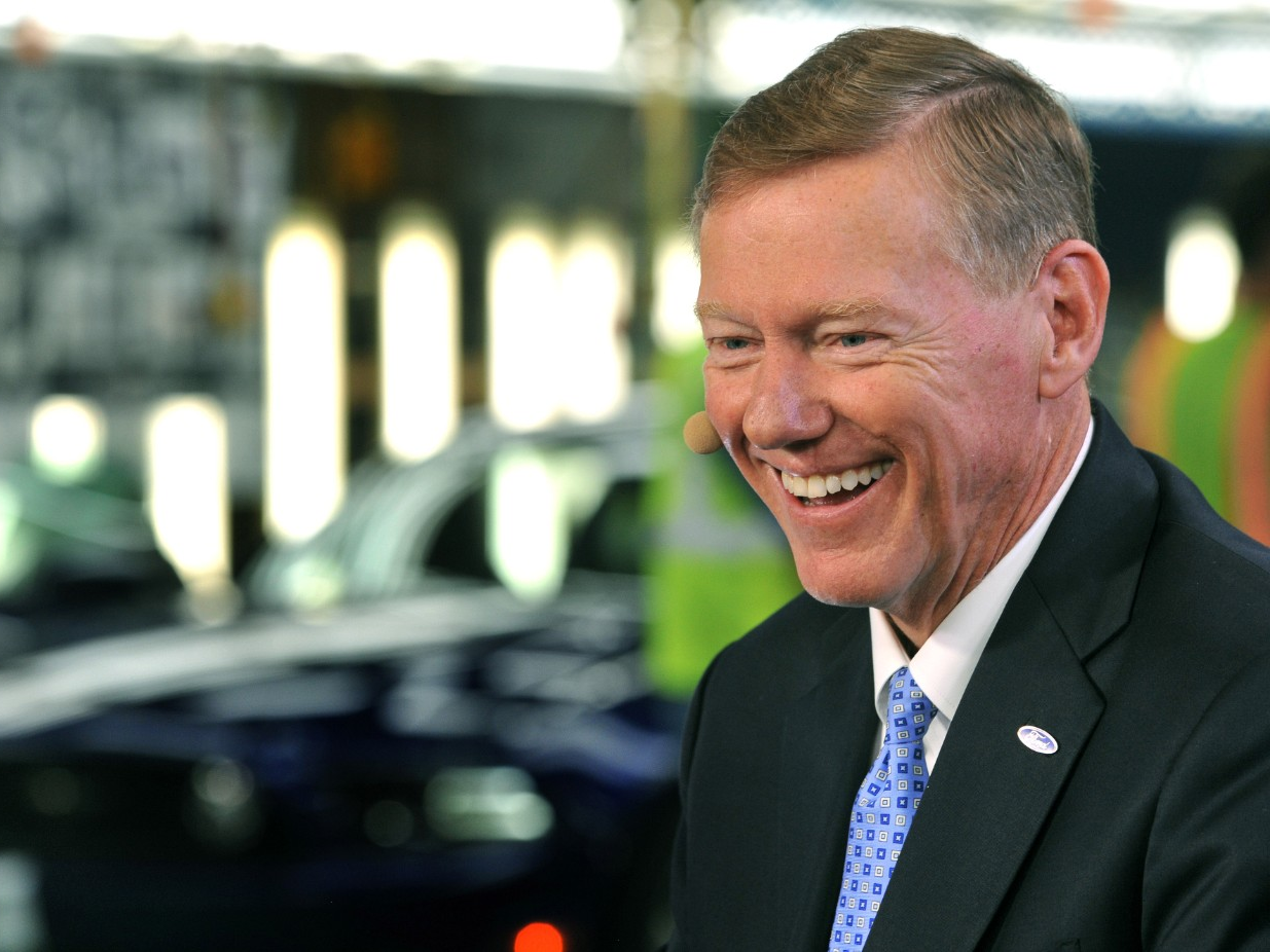 Ford Announces Alan Mulally Leadership in Engineering Scholarship Program