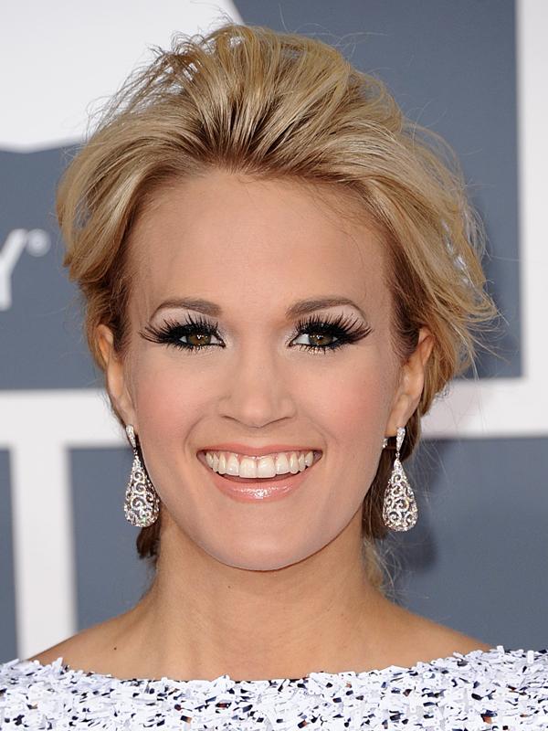 Carrie Underwood Makeup MUA! Make Up Universit...