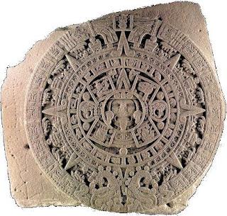 Astecas - Pedra do Sol. Imagem obtida em Wikimedia Commons. www.professorjunioronline.com