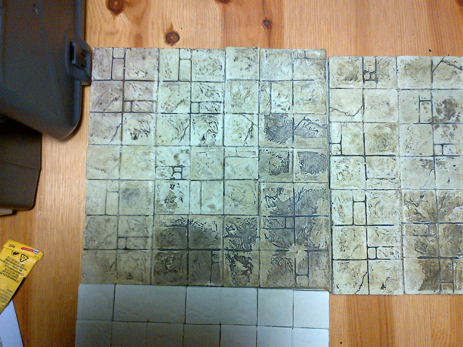 Fako to faktory: dungeon modulare: master delle piastrelle