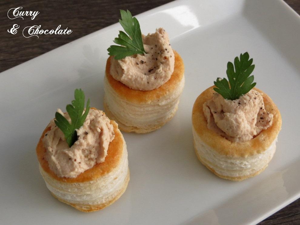 Paté de atún y huevo duro a la pimienta - Tuna and hard-boiled egg pate