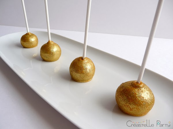 cake pops citron décorées de paillettes dorées