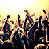 Pět tipů, jak přežít silvestovskou párty bez nutnosti povolovat opasek