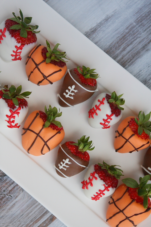 Recipe Roundup: Sports Dipped Strawberries