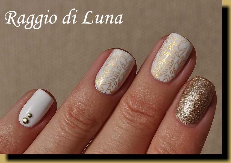 Raggio di Luna Nails: Stamping: Golden leaves on white