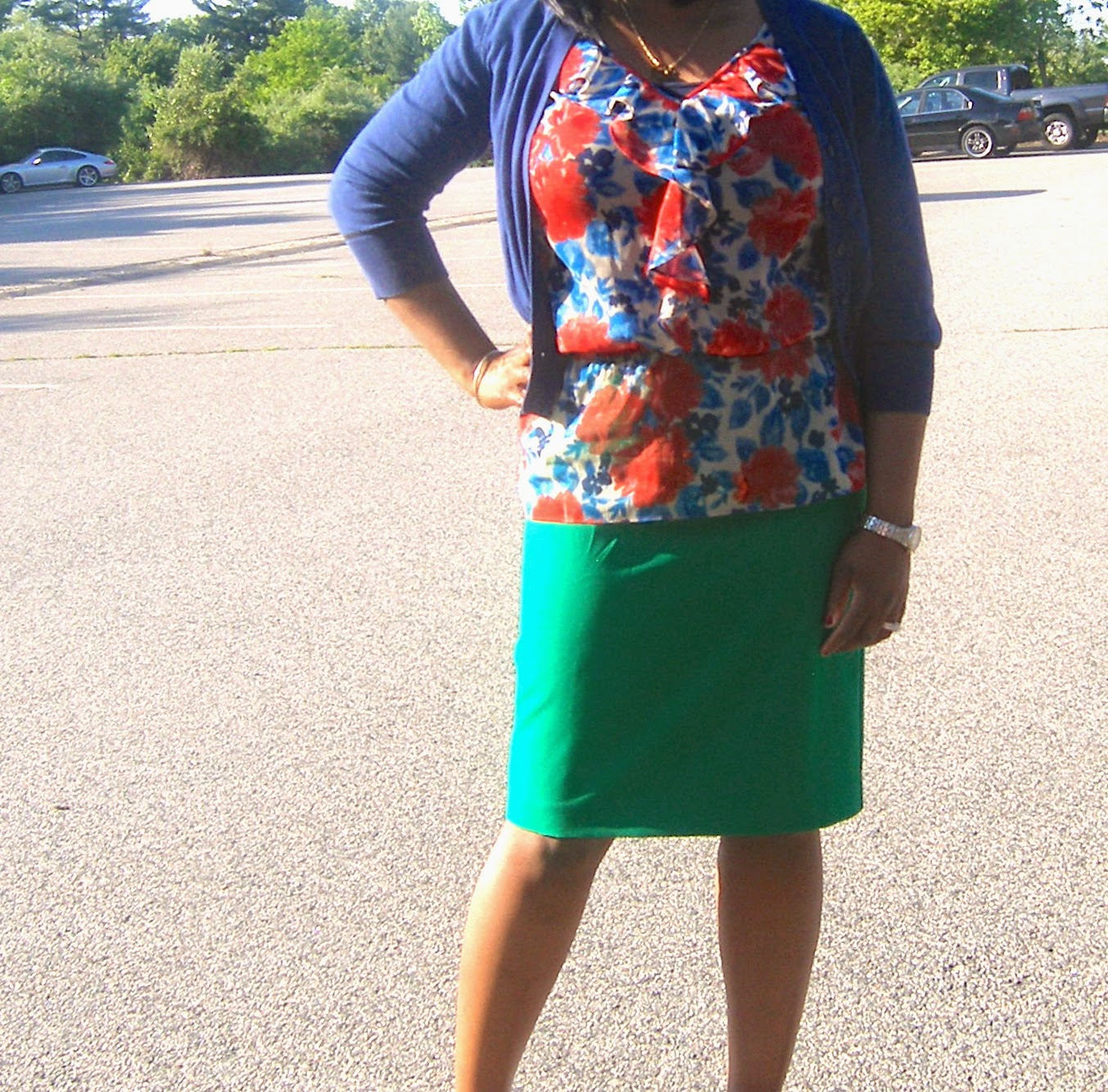Kelly green pencil skirt, elastic waist peplum top