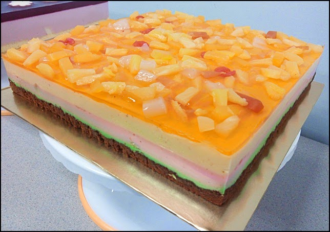 Tutty Fruity Pudding Cake