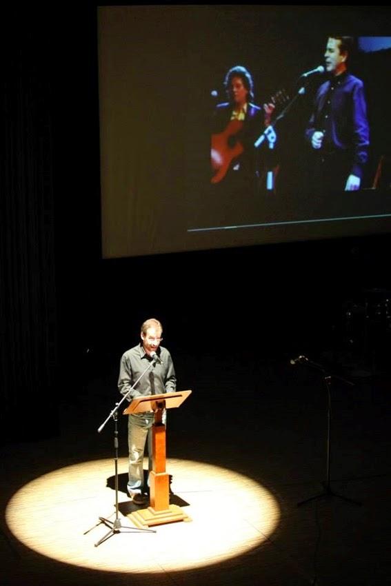 Homenatge a l'Ovidi Montllor (Jordi Tormo, presentador del concert)