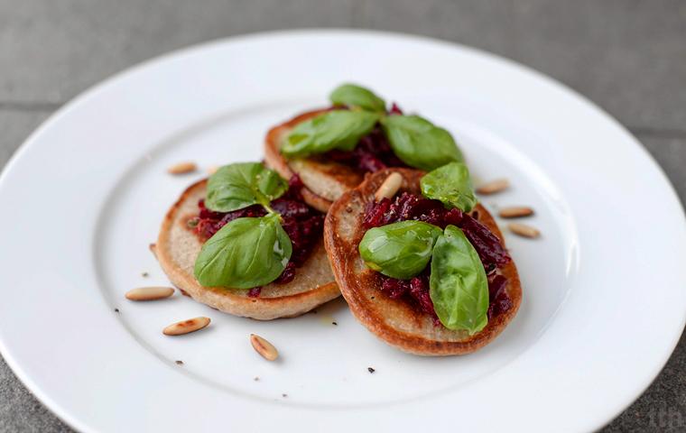 Bliny gryczane wegańskie kuchnia roślinna blog