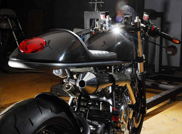 Carbone mono racer MBC-+Moto+(1)