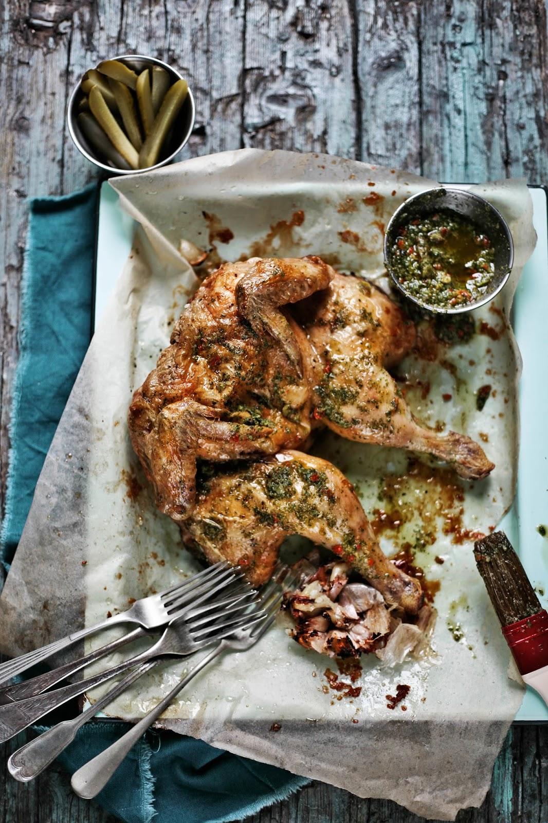 frango assado com molho verde e chili # roasted chicken with molho verde and chili