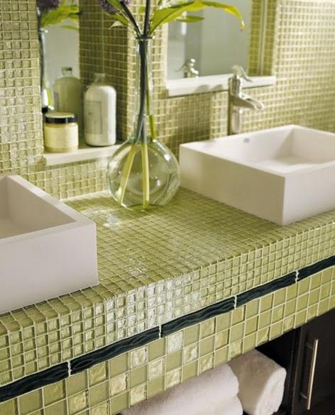 Decoração Nichos na Parede do Banheiro  Cores da Casa -> Banheiro Com Pastilha De Vidro Amarela