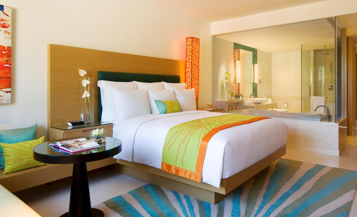 Luxury adult rooms ideas azee for Tweens bedroom designs