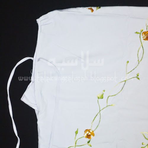 Telekung Vietnam bunga gold-putih / daun hijau-kuning bahagian muka