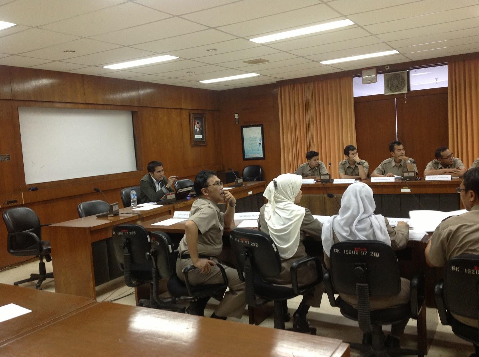 gcg in indonesia Pedoman good corporate governance perbankan indonesia dikeluarkan oleh: komite nasional kebijakan corporate governance januari 2004.