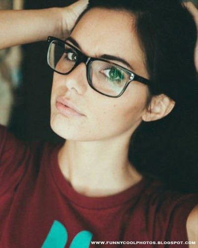 Spicy Girls with Glasses