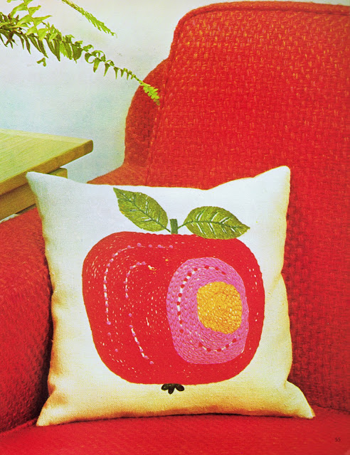 An embroidered cushion cover project using chain stitch